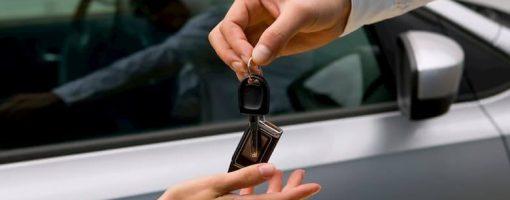 pożyczenie samochodu